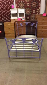 Brand new Purple twin iron platform bed was $329 now only $199 only 1 left no holds first call gets it  Hazelwood, 63042