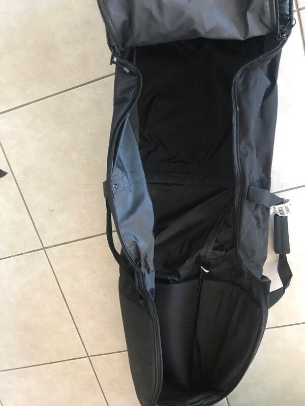 Golf travel bag, excellent condition, only used two times.  Many compartments even one for your golf shoes. 2e21d273-de0c-40ab-bb51-968c26426e39