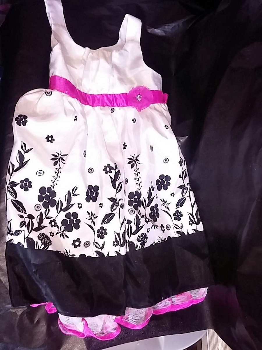 Girls Dress, size 6