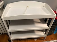 Baby changing table  Cicero, 60804