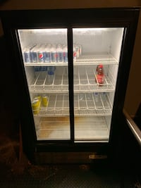 Fridge cooler and great condition need coolant Summerville, 29456