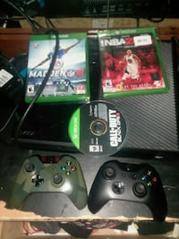 Xbox One console with controller and game cases Omaha, 68112