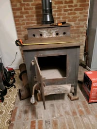 Wood stove  Middletown, 22645