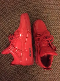 Lab red 4's Oshawa, L1H 4L5