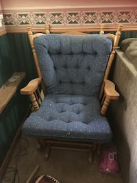 Rocking Chair with rocking foot stool! Pitt Meadows