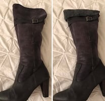 8  Grey women's boots.. great condition