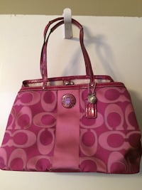 Coach pink tote bag Nashville, 37013