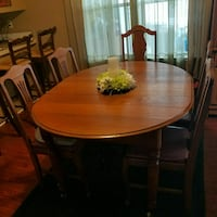Antique solid oak dining table with 3 leafs and 5  Saint Cloud, 34769
