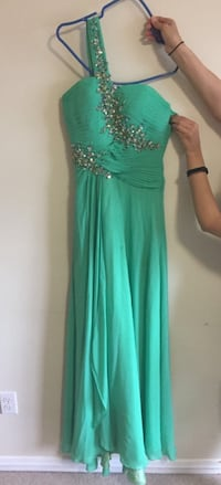 Special occasion dress, Boutique Al Sondos (Montreal) size 2 Kitchener, N2R 0A5