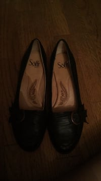 pair of black leather flats Forest City, 28043