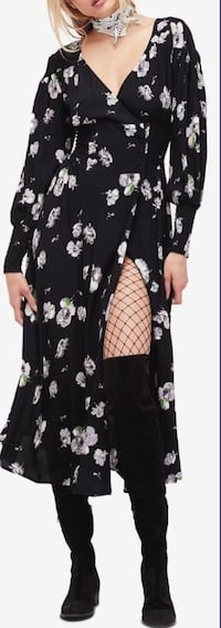 black and white floral long-sleeved dress 724 km