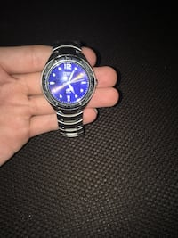 Fossil watch  3743 km