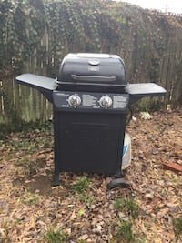 black and gray gas grill Brentwood, 20722