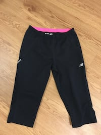 black and red Nike sweatpants Toronto, M2M 0G4