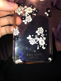 Kate spade iphone 8 case  Vancouver, V6G 1P2