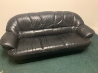 Couch and love seat Italian leather Deerfield Beach, 33441