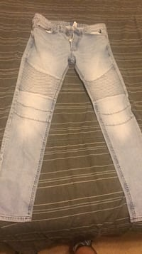 white and gray plaid pants Capitol Heights, 20743