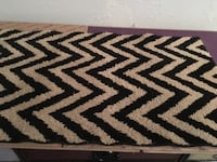 """Black and beige accent rug-20""""x34"""" Fairfield, 45014"""