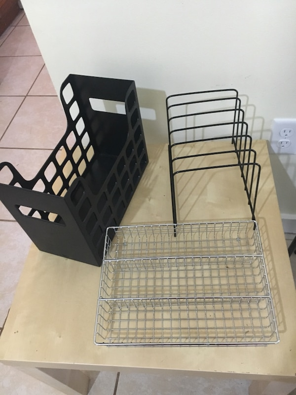 black metal folding dog crate 860955a9-7bc7-4d07-80cf-68fb0144195f