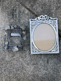 2 picture frames  Lehigh Acres, 33971
