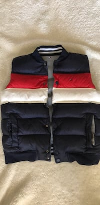 NWT reversible Tommy Hilfiger bubble vest Reston, 20191