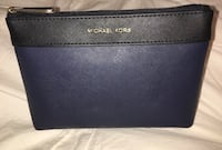 MICHAEL KORS MAKEUP BAG Surrey, V3R 6W7