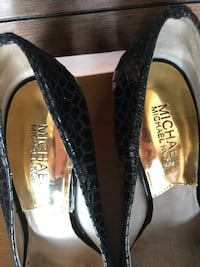 pair of black leather flats Temecula, 92592