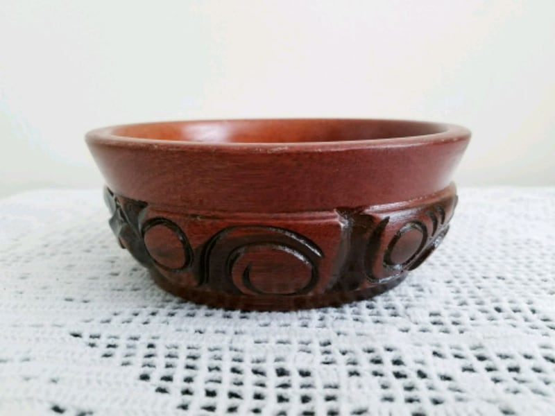 Hand Carved wood bowl accessories plate home decor c04ef210-4344-4696-b9d0-521a23d3a752