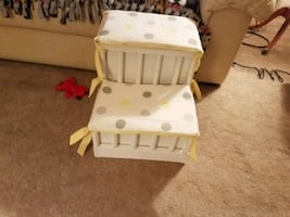 Dog/Cat pet 'bed assist' padded steps