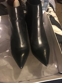 Steve Madden  Leather Booties  -  Size 8.5 Rialto, 92376