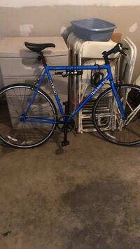 Jamis Beatnik fixed gear bicycle (like new) clean barely used Nashville, 37214