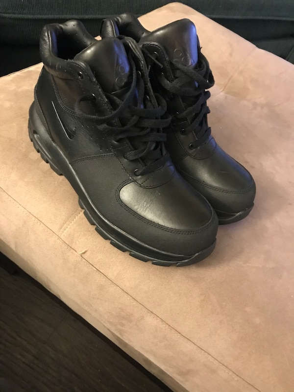 19518627757 Black Nike ACG boots Men's size 11 never worn