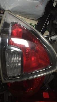 06 to 09 Ford Fusion left tillight  Richmond, V6V