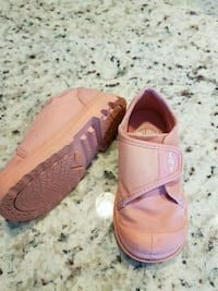 pair of pink leather sandals Calgary, T2Z 1C6