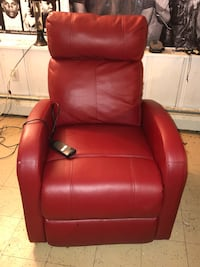 Leather recliner/power lifting chair  Towson, 21286