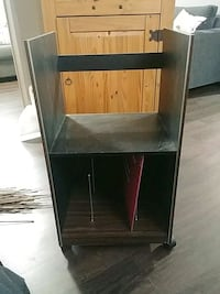 Record player stand and record holder Thorold, L2V 3R3