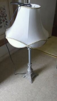 Beautiful classic lamp home bedside Visalia, 93277