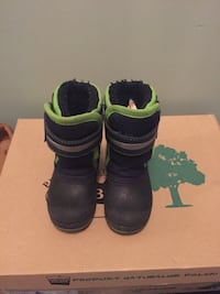 Size 6 - used winter boots for toddler boy Mississauga, L5W 1Z4