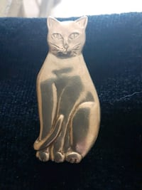 STERLING SILVER CAT PIN Clarington, L0B