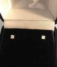 14k yellow gold .15ct. diamond stud earrings *Very Low Priced ! Vaughan, L4J