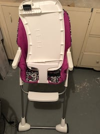 Mint condition Baby dining chair