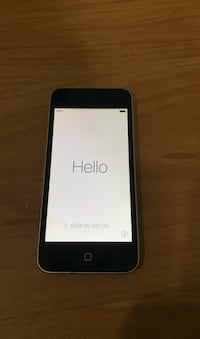 Gently used iPod touch 5th generation Toronto, M4B 3A3