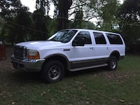 Ford - Excursion - 2001 Triangle