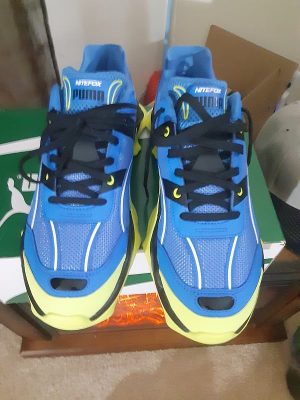 Tennis shoes home of night Fox Edition size 11 brand new ecb9cfc2-8377-4601-b97b-e36eac208e69