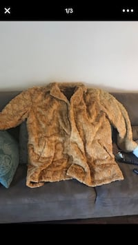 Tan AUTHENTIC REAL MINK coat Missouri City, 77459