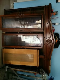 Hutch buffet + dinning table 6 chairs Mississauga, L5M 0P5