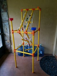 Parrot / Critter - Playstand Inverness, 34452