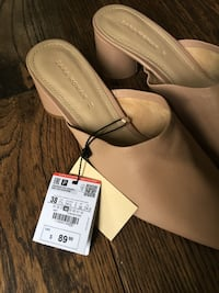 Nude Pink Leather Slides Plainfield, 06374