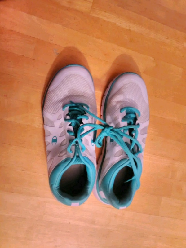 75d7ba9b6348b Used Champion women s running shoes for sale in Lusby - letgo