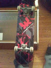 Warp maple skateboard Kitchener, N2H 2R5